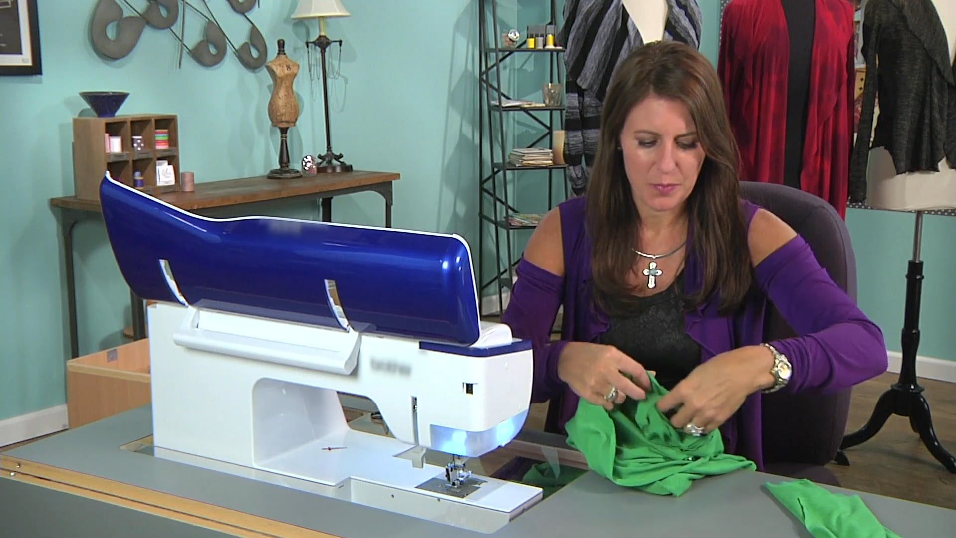 Special Features in the Modern Sewing Machines