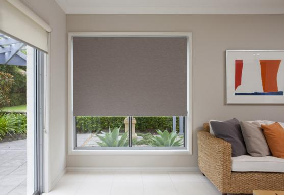 Would you like to opt for these blinds? Just choose a supplier that offers a fast delivery of your products.